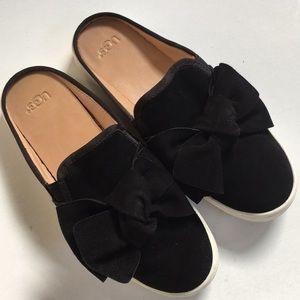 EUC Ugg leather shoes
